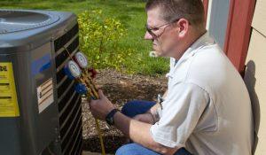 Air Conditioner Repair Technician 1024x597 1